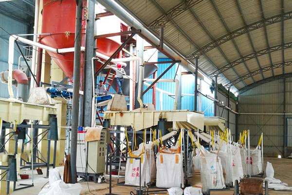Silica sand dry process production